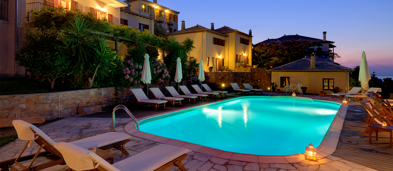 1440x627-pool